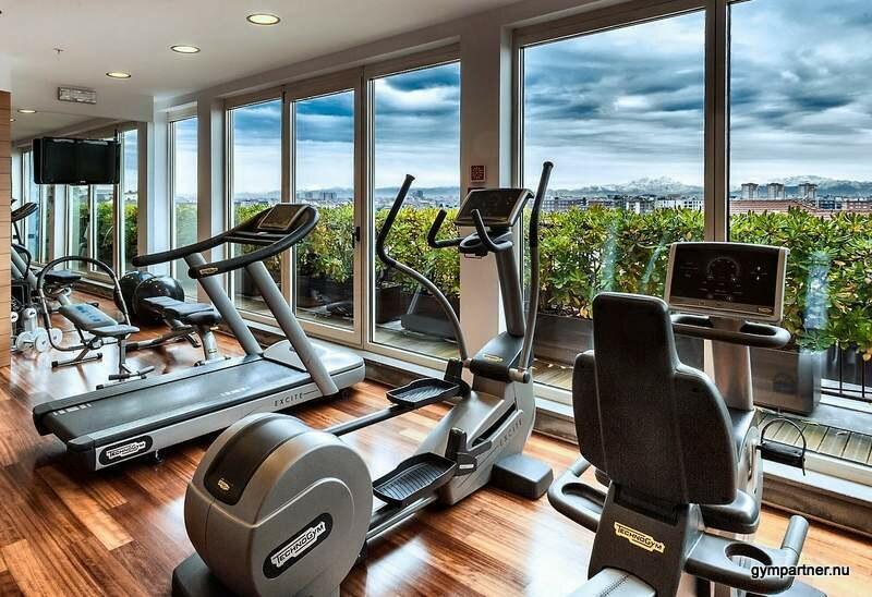 """GymBroker söker gymägare till exklusivt """"Hotellgym"""" med havsutsikt och 7 meter i takhöjd."""